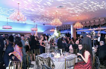 A photo of people dining at the 2017 Celestial Ball.